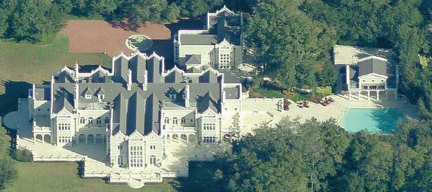 What caused this mansion to not sell at auction for Foreclosed mansions in florida